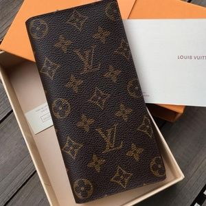 LV Wallet with box